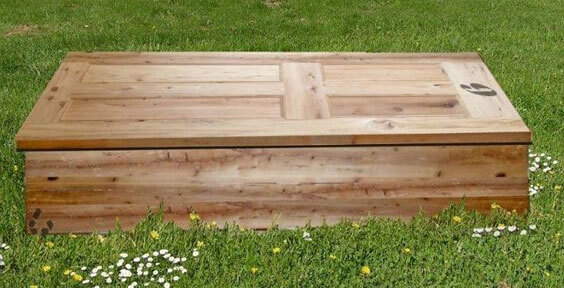 For those who want to be sustainable until the very end: Climate-friendly coffins made in Portugal