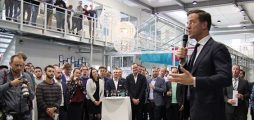 A toast on start-up success with the Dutch Prime Minister Mark Rutte
