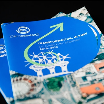 EIT-Climate_KIC-Transformation-in-Time-square2